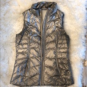 Athleta Silver/ grey zippered vest